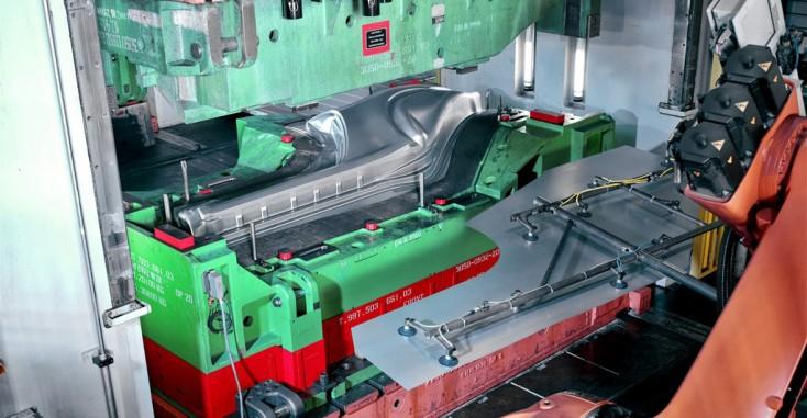 Machines-outils pour le formage et presses